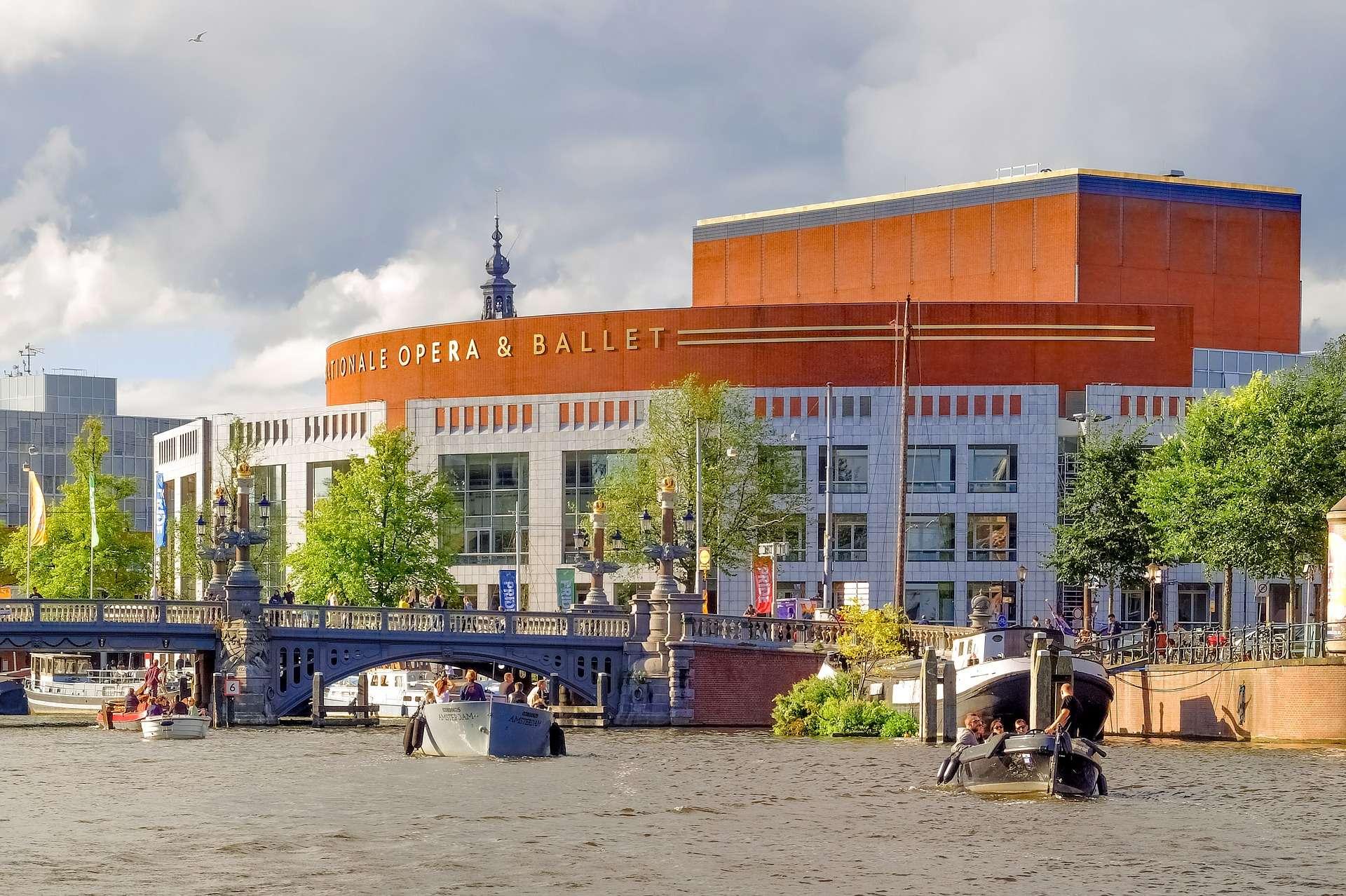 AMSTERDAM, Muziektheater