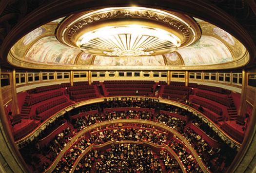 PARIS, Théâtre des Champs Elysées